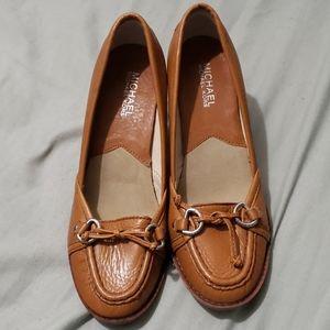 Michael kors kitten heels